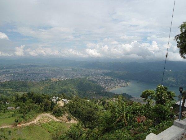 Вид на Покхару, Аннапурна скрыта облаками.